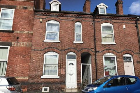 4 bedroom terraced house to rent - Osmaston Street Lenton NG7 1SD