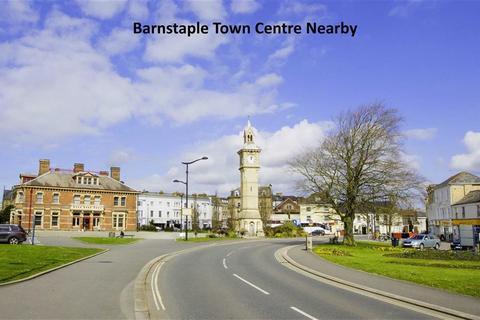 3 bedroom semi-detached house for sale - Boutport Street, Newport, Barnstaple, Devon, EX31