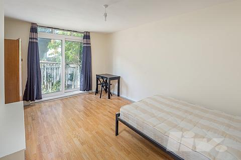 4 bedroom flat to rent - Gillies House, Hilgrove Road, St Johns Wood, NW6