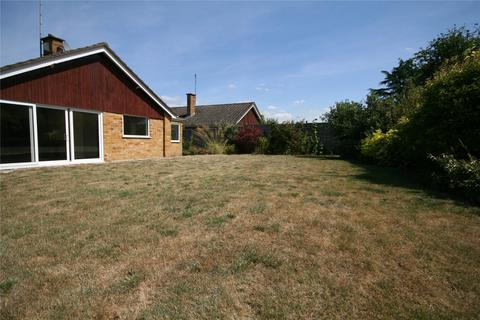 4 bedroom detached bungalow to rent - Highland Road, Charlton Kings, Cheltenham, GL53