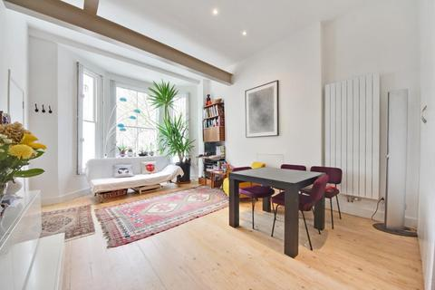 2 bedroom apartment to rent - St. Charles Square, London, London, W10