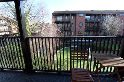 2 bedroom duplex for sale - Castle Gardens , Lenton, Nottingham NG7