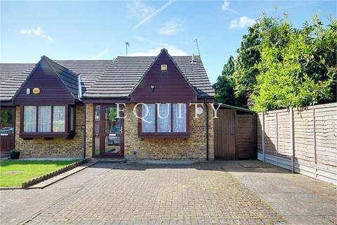 1 bedroom semi-detached bungalow for sale - The Hatch, Enfield, EN3