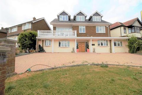 6 bedroom detached house to rent - Spring Grove, LOUGHTON