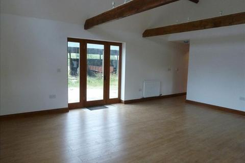 3 bedroom barn conversion to rent - MARDEN