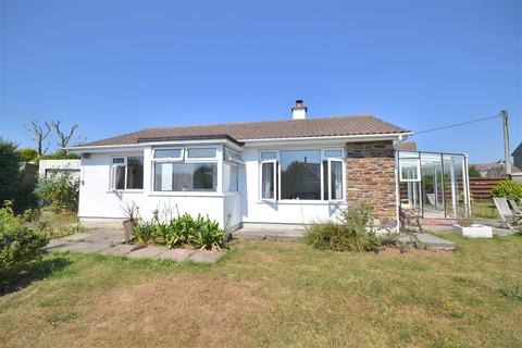 2 bedroom detached bungalow for sale - Churchtown, Cury, Helston