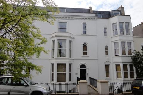 2 bedroom apartment to rent - Clifton, Upper Belgrave Rd, BS8 2XW