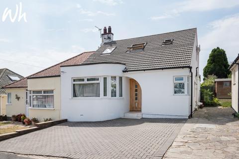 3 bedroom semi-detached bungalow for sale - Kenmure Avenue, Brighton BN1