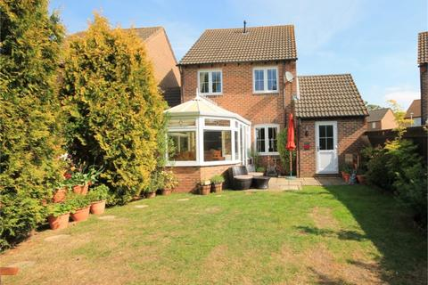 3 bedroom link detached house for sale - Simmons Field, Thatcham, RG18