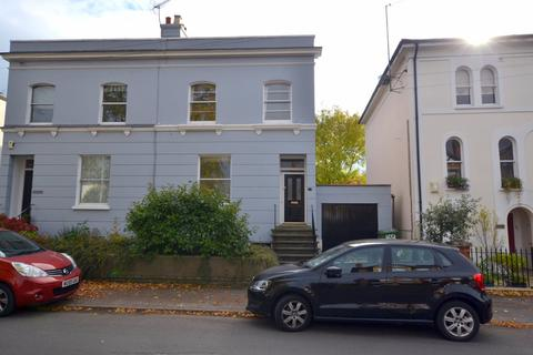 1 bedroom apartment to rent - Hewlett Road, Cheltenham