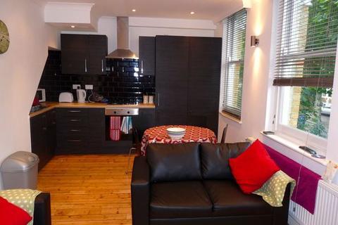 3 bedroom flat to rent - Upper Tollington Park, Finsbury Park, Manor House, N4