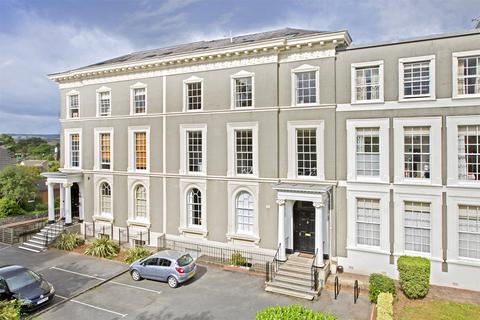 2 bedroom flat for sale - St Leonards, Exeter