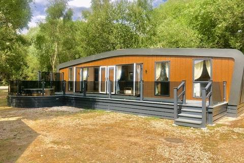 2 bedroom lodge for sale - Tattershall Lakes