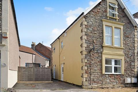 2 bedroom apartment to rent - Grove Road, Bristol