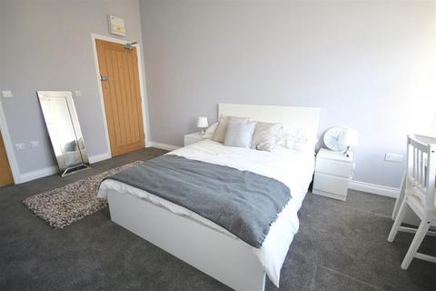 25 bedroom block of apartments for sale - Clarendon Road, Southsea