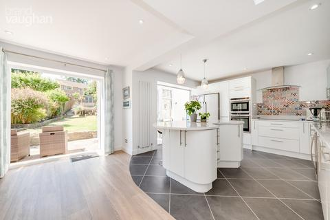 4 bedroom detached house for sale - Valley Drive, Brighton, BN1
