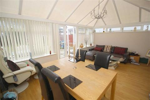 3 bedroom semi-detached house for sale - Marie Curie Avenue, Liverpool