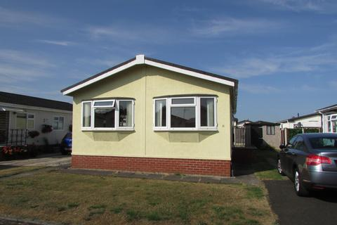 2 bedroom mobile home for sale - Hedgerow Drive, Wincham