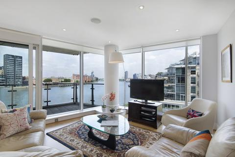 3 bedroom flat to rent - Commodore House, SW18