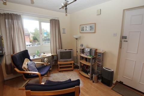 Studio to rent - Heron Drive, Audenshaw