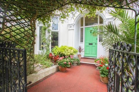 6 bedroom semi-detached house for sale - Evelyn Terrace, Brighton