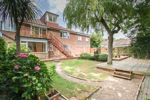 6 bedroom detached house for sale - Rudyard Road, Woodingdean