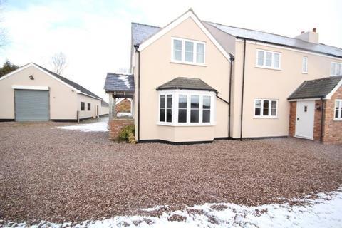 5 bedroom cottage to rent - Wood Farm, Deeside Lane
