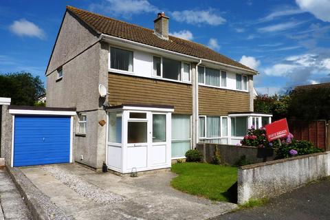 3 bedroom semi-detached house to rent - Glyn Way, Threemilestone