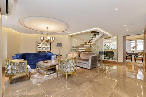3 bedroom townhouse for sale - Porchester Place