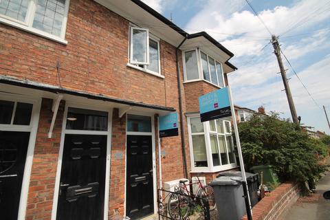 1 bedroom flat to rent - Flat 2 9 Moorland Road, York