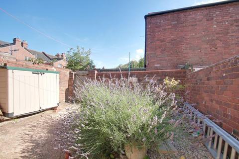 3 bedroom terraced house for sale - Magdalen Road, St Leonards, Exeter