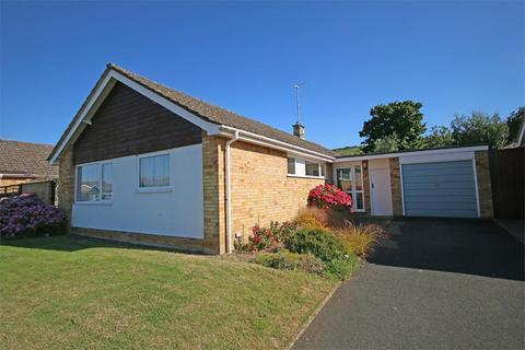4 bedroom detached bungalow to rent - Leckhampton, Cheltenham