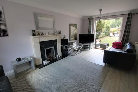 5 bedroom detached house for sale - The Leys, Chelmsford
