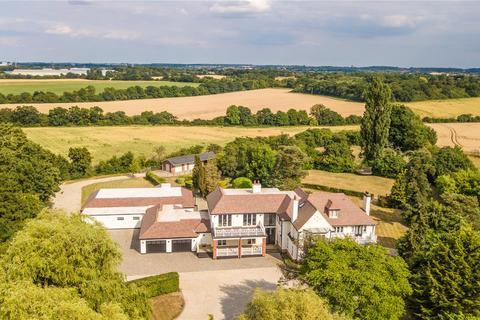 5 bedroom detached house for sale - Epping Road, Roydon, Essex, CM19