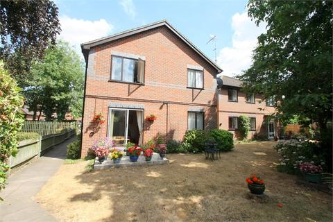 1 bedroom retirement property for sale - The Doultons, Octavia Way, STAINES-UPON-THAMES, Surrey