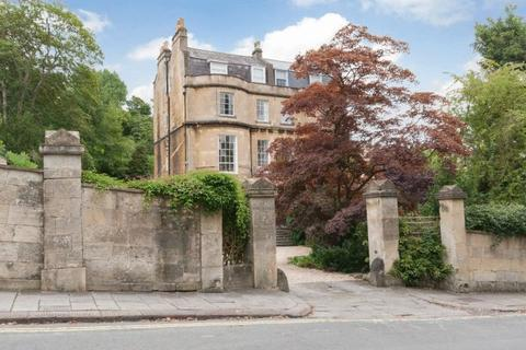 2 bedroom apartment to rent - Cavendish Road, Bath