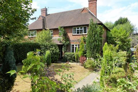 3 bedroom house for sale - Guildford Road, Cranleigh