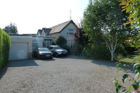 4 bedroom detached house for sale - Lea Crescent, Longlevens, Gloucester, GL2