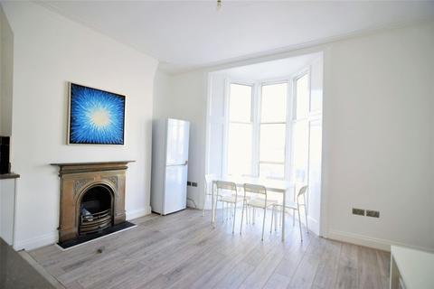 5 bedroom maisonette to rent - Western Road, Hove