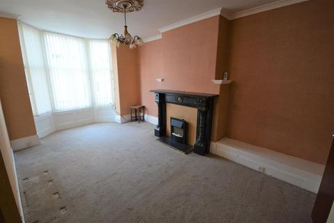1 bedroom flat for sale - Queen Street, Scarborough, YO11 1HA