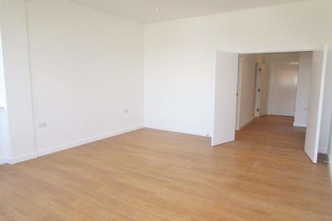 Studio to rent - SECOND FLOOR LOFT STYLE APARTMENT