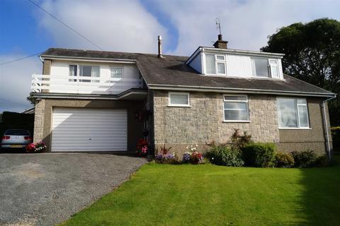 4 bedroom detached house for sale - Y Fron, Nefyn