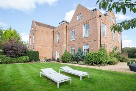 5 bedroom manor house for sale - Guildford , Surrey, GU3