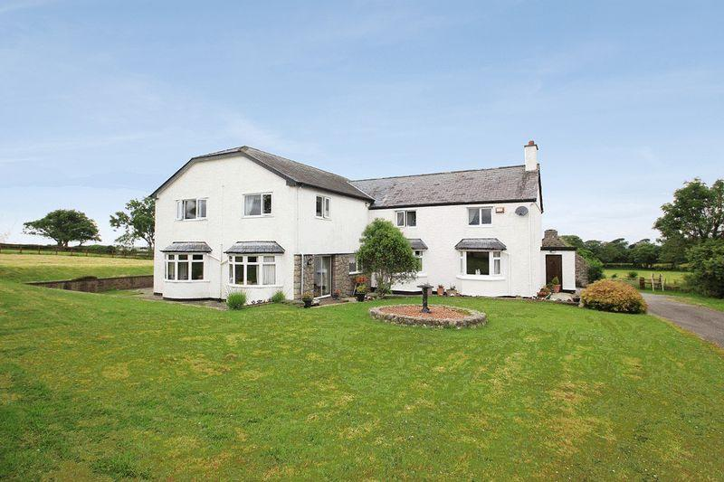 4 Bedrooms Detached House for sale in Llanfaglan, Gwynedd
