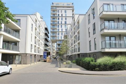 2 bedroom apartment to rent - Bradfield Close, Woking