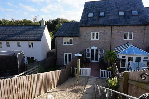3 bedroom terraced house to rent - Catchfrench Crescent, Liskeard