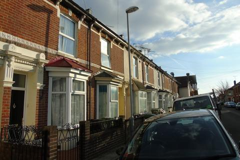 2 bedroom terraced house to rent - Drayton Road, Portsmouth PO2