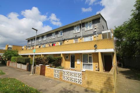 2 bedroom flat for sale - Southern Avenue, Feltham, TW14