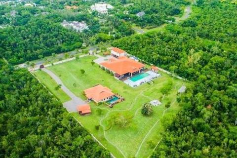 "8 bedroom detached house  - ""Coconut"", Lyford Cay, New Providence"