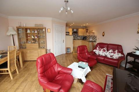 2 bedroom apartment for sale - CHAPMAN WOODS, PELHAM ROAD, CLEETHORPES